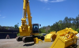 SH210-5 SUMITOMO 20 ton Excavator 1