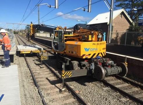 SINGLE RAIL TRAILER COMBINATION HI-RAIL 10