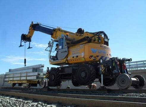 SINGLE RAIL TRAILER COMBINATION HI-RAIL 8