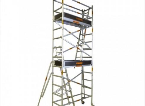Single Width Aluminium Mobile Scaffold - Platform Height: 4.2m Extends to 4 1