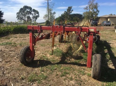 Sitrex 10 wheel V hay rake  3