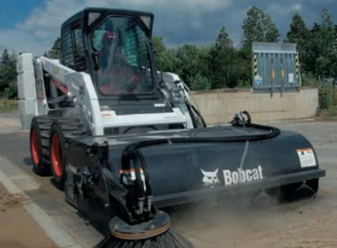Skid Steer Loader - 60in Enclosed Broom (Attachment Only) 3