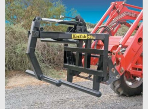 Square Wrapped Bale Clamp 1