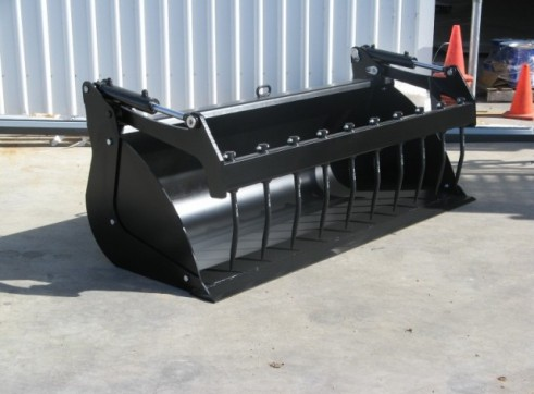 Standard Silage Bucket Grapple 1