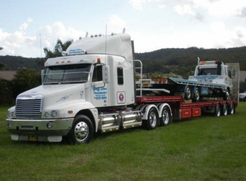 Step deck Semi Trailer with Ramps 1