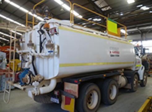 Sterling LT7500 8x4 Tristar 18K Water Truck 2