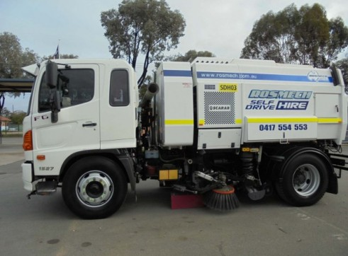 Road / Street Sweeper Truck 5