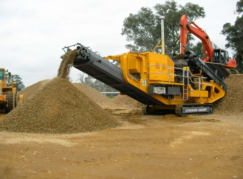 Striker CQ300 - Cone Crusher, Buy or 1