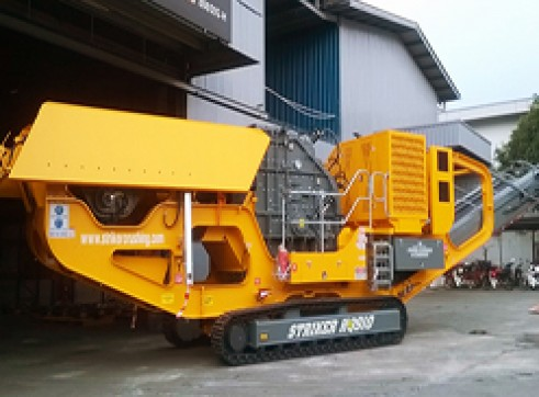 Striker CQ300 Mobile Cone Crusher 3