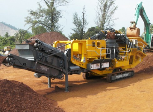 Striker CQR400 Mobile Cone Crusher 1