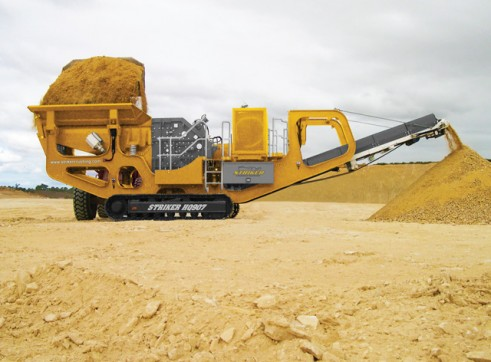 Striker HQ907 Mobile Impact Crusher 1