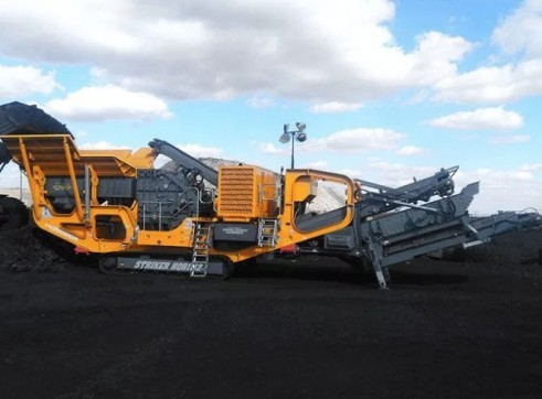 Striker HQR1112 Mobile Impact Crusher 2