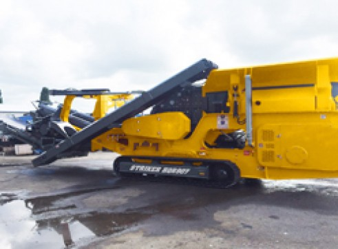 Striker HQR907 Mobile Impact Crusher 1