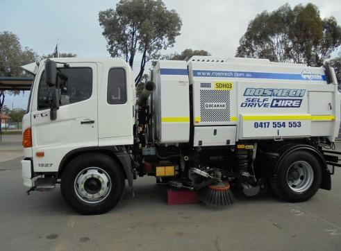 Sweeper Truck 1