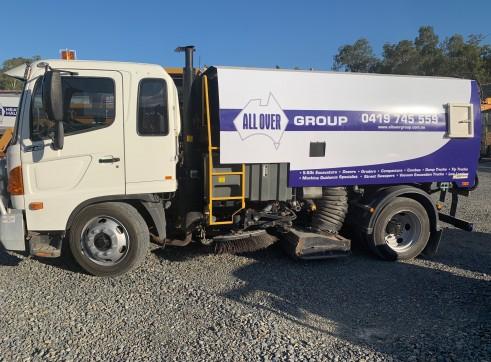 Sweeper Truck - Gutter Brooms - Dual Control