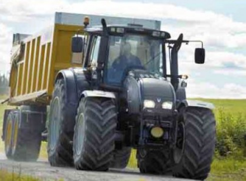 T132 & T152 Direct Series Valtra Tractor 2