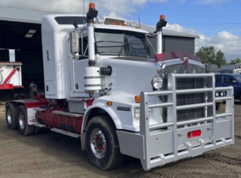 T659 Kenworth Prime Mover - 164T road train rated 1