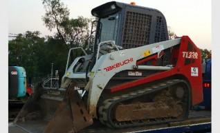 TAKEUCHI TL 230 TRACK LOADER 1