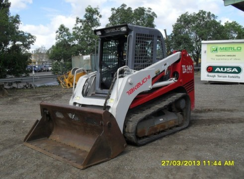 Takeuchi TL140 Tracked Skid Steer 1