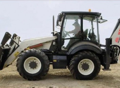 Terex Elite 980 Backhoe Loader 1