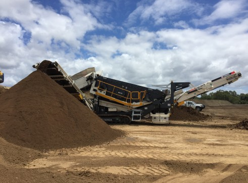 TEREX ENVIRONMENTAL EQUIPMENT TRS550 SPALECK RECYCLING SCREEN 1