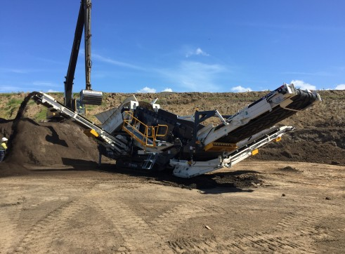 TEREX ENVIRONMENTAL EQUIPMENT TRS550 SPALECK RECYCLING SCREEN 2
