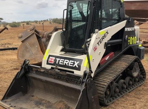 50HP Terex R160T Track Loader 6