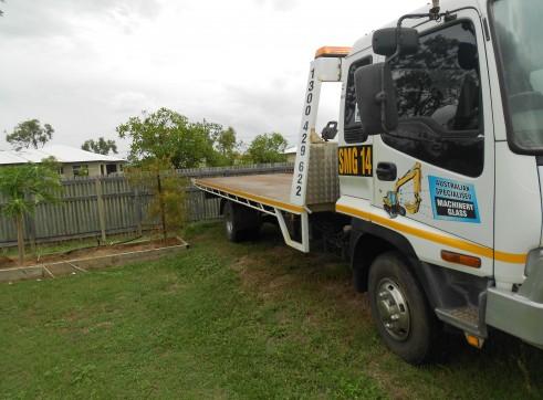 Tilt/slide Tray truck for hire 2