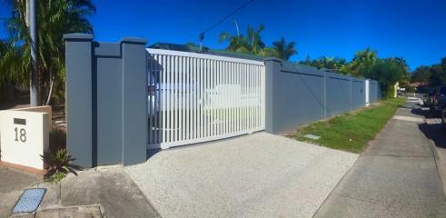 Tilt-Up Fence Construction - 4 1