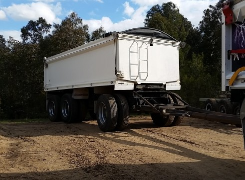 Tipper Truck & Trailer 2