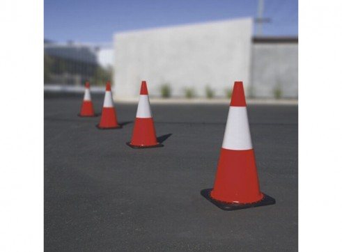 Traffic Cone 450mm Reflective 2