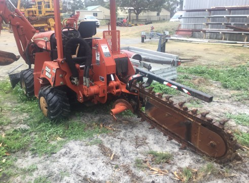 Trencher. Ditchwitch 2