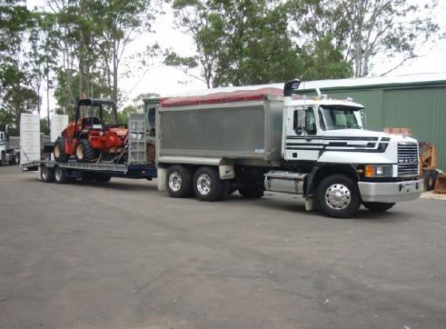 Trencher / Excavator / Tipper Combo 3