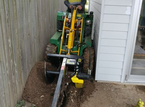 Kanga Mini Digger with Trencher  13