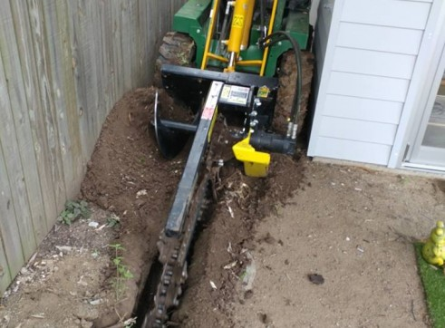 Kanga Mini Digger with Trencher  14