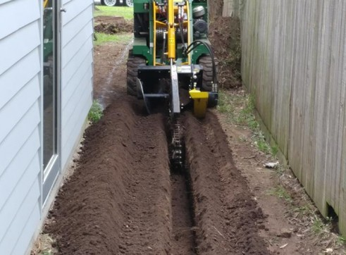 Kanga Mini Digger with Trencher  7
