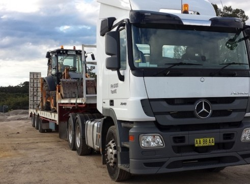 Truck with Drop Deck Float or with semi tipper trailer 1