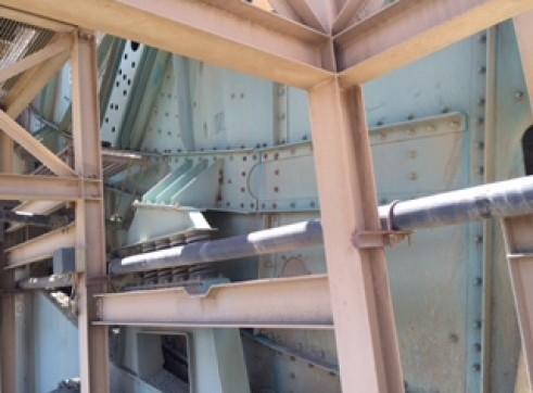 Twin Deck Schenk Screen 2