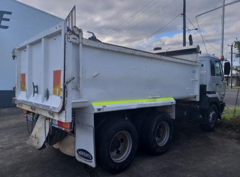 UD Tandem Tipper Body Truck 2