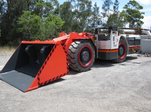 Underground Loaders Available for Hire 1
