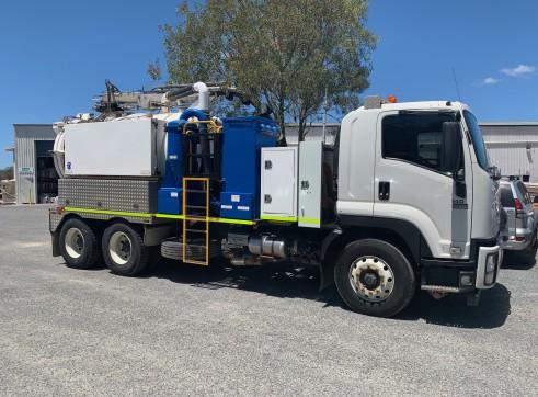 Vac truck 6000ltr 1