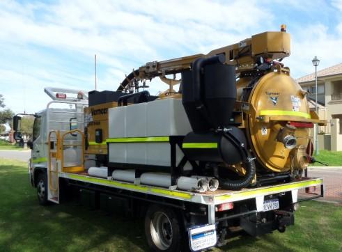 Vermeer 3000 Litre Vacuum Excavation Truck 2