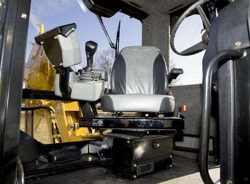 127HP Vermeer RTX1250I2 Ride-On Trencher 2