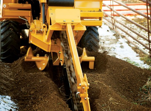 65HP Vermeer RTX450 Ride-On Trencher 4