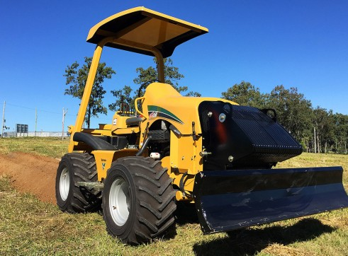 Vermeer RTX550 Ride-On Trencher 1