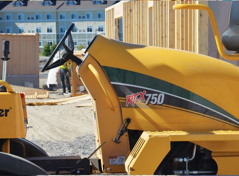 Vermeer RTX750 Ride-On Trencher 1
