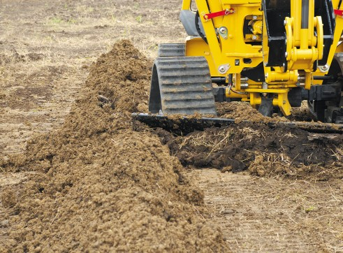 Vermeer RTX750 Ride-On Trencher 2