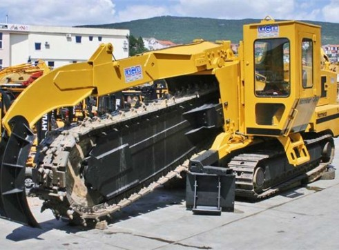 Vermeer T850 trencher 450mm trench 1