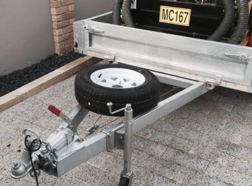 Vermeer VSK25-100G Vacuum Excavation Trailer 2