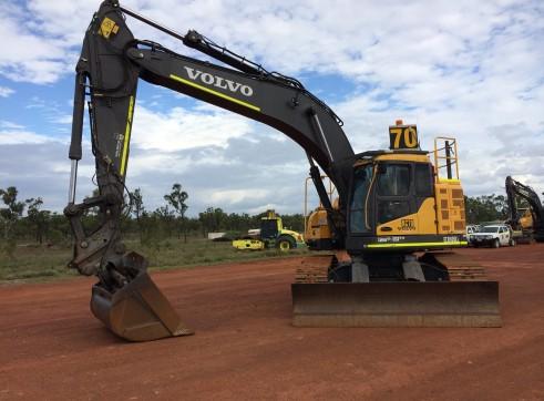 Volvo 36T E305 Zero Swing Excavator with GPS